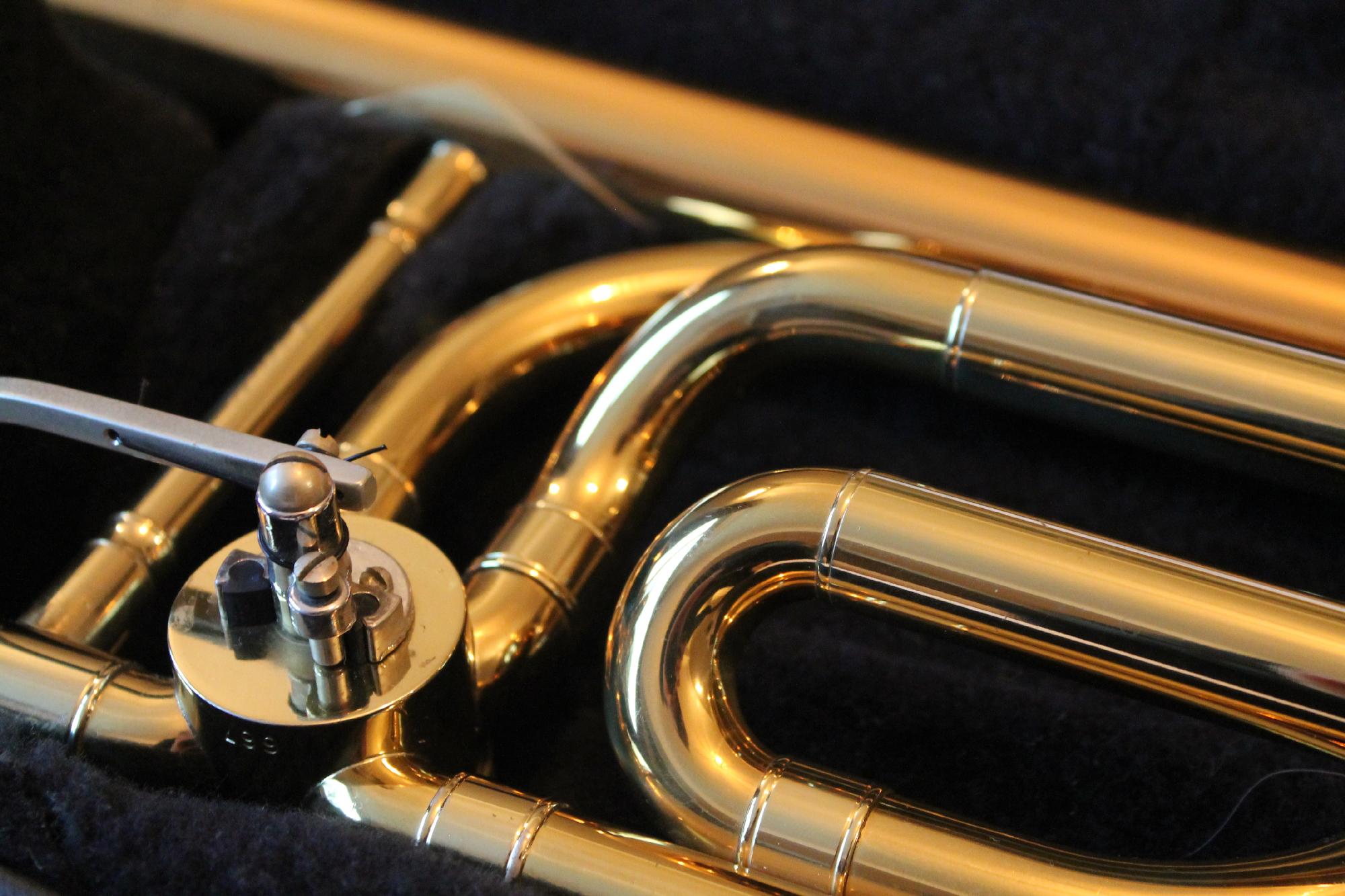 Brass-Line